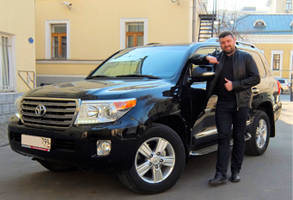 Toyota Land Cruiser 200 - 2014 г.в.  4.5 Diesel  84 000 км пробег